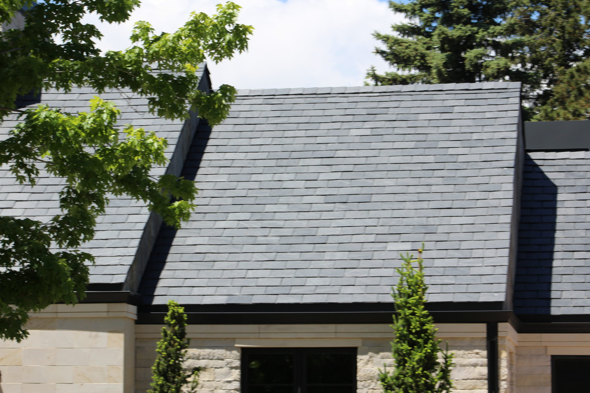 SlateTec - Lightweight Slate Roof System - Spanish Black